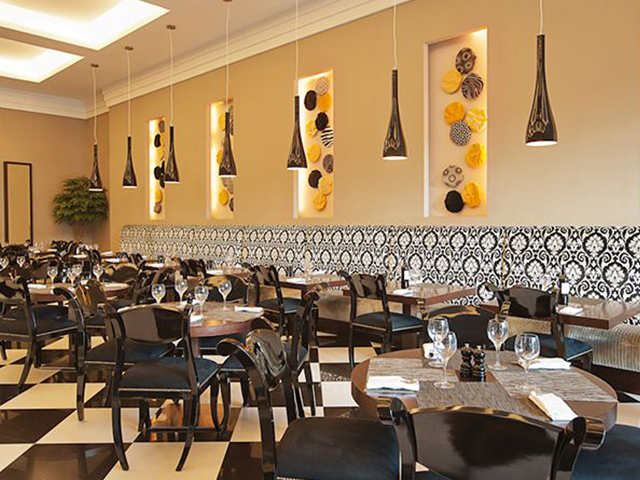Elegance and comfort ay Bistro Domino, Ibis City Centre Deira