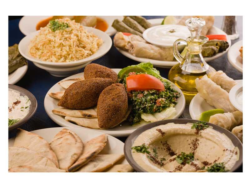 2ab4c03d2ce11 تناول الطعام مثل الأمراء في أفضل المطاعم العربية بربوع دبي