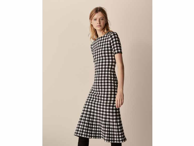 Office-approved Gingham dress by Massimo Dutti Dubai
