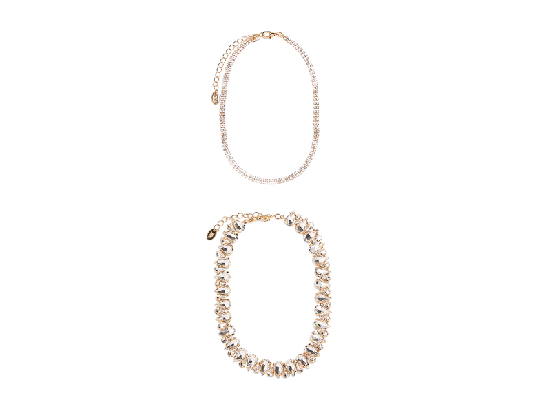 Crystal choker necklace set by Zara, available at City Centre Deira
