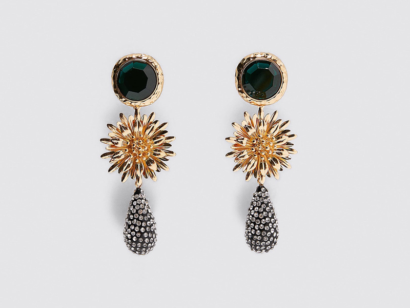 Floral jewel earrings by Zara, available at City Centre Deira