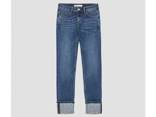 ddcabd34f بنطلون جينز مطرز باللؤلؤ من متجر زارا، متوفر في مراكز تسوق سيتي سنتر